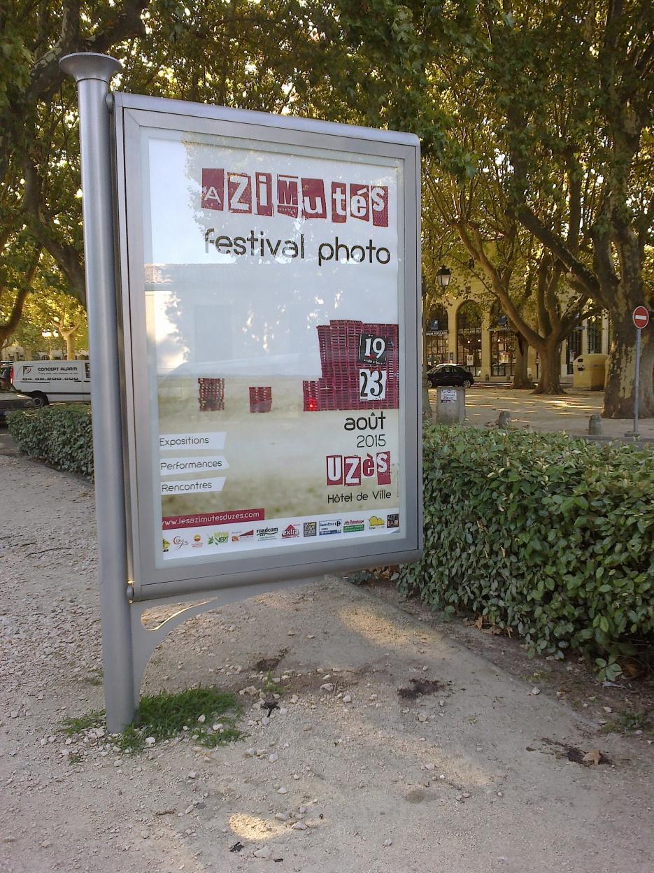 maxi panneau pour annoncer le festival